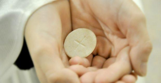 quel bijou offrir pour une communion