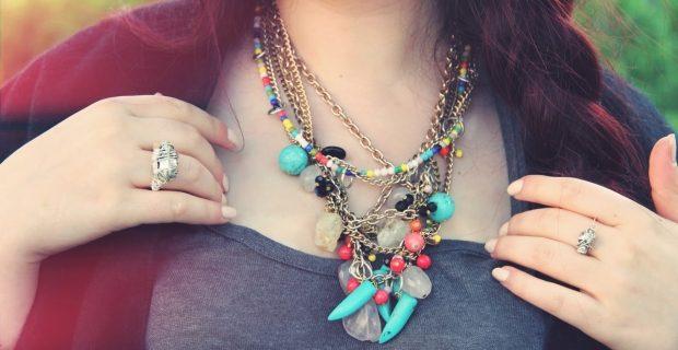 Les bijoux: des idées cadeaux qu'on peut offrir à tout le monde